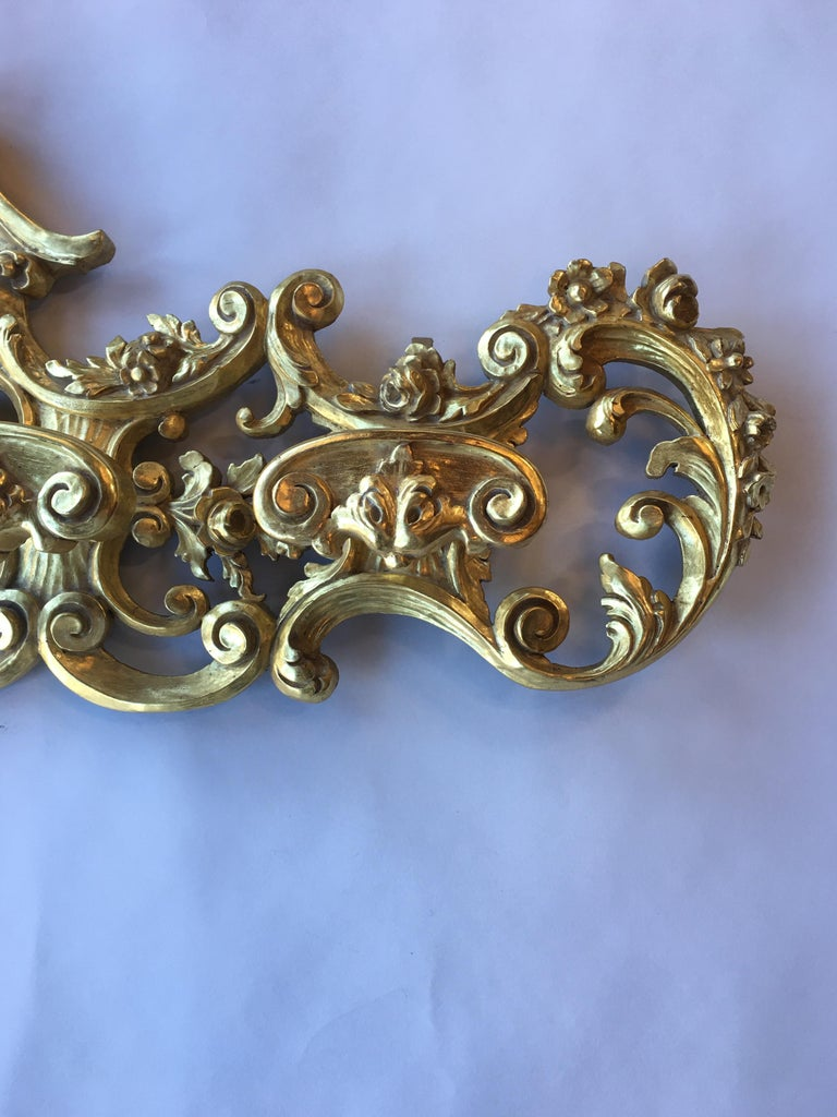 Late 19th Century Italian Hand Carved 22-Karat Gold Coat Hanger In Good Condition For Sale In Los Angeles, CA