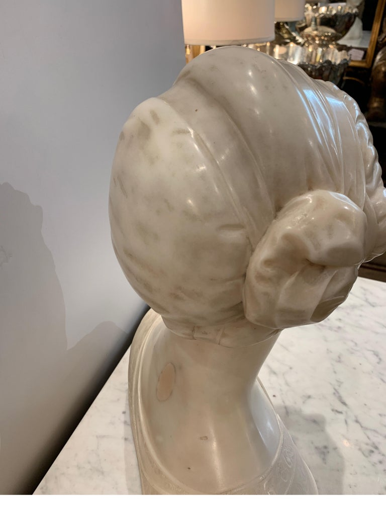 Late 19th Century Italian Marble Bust of a Young Maiden Woman, Pre-Ralphaelite For Sale 7