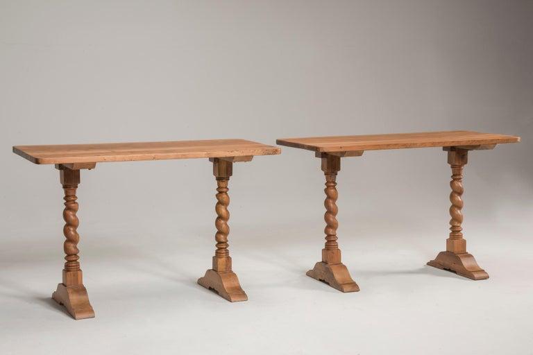 Late 19th Century Italian Walnut Wood Spool Legs Table Console For Sale 2