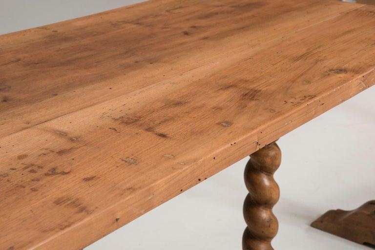 Late 19th Century Italian Walnut Wood Spool Legs Table Console For Sale 4