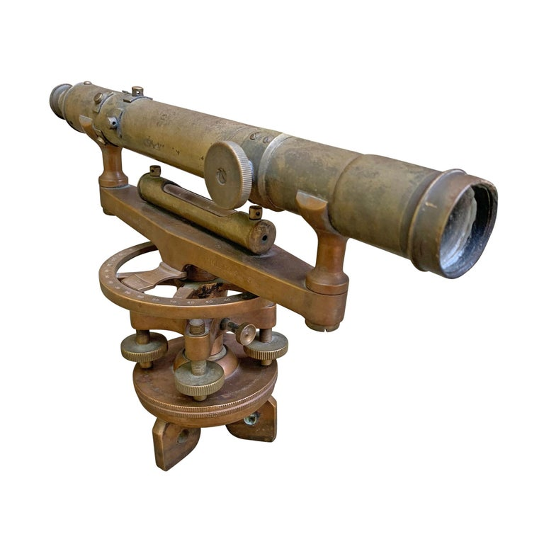 American Late 19th Century L. Beckmann Co. Bronze Sextant For Sale
