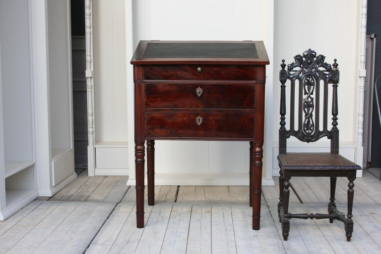 Biedermeier Late 19th Century Lectern / High Desk, Mahogany Shellac Polished For Sale