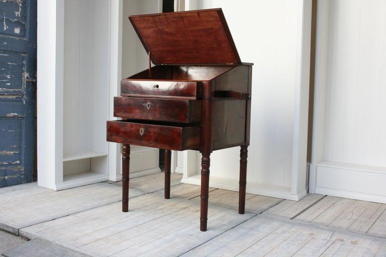 Burl Late 19th Century Lectern / High Desk, Mahogany Shellac Polished