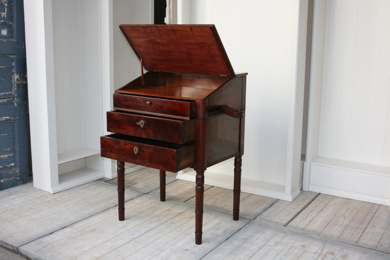 Late 19th Century Lectern / High Desk, Mahogany Shellac Polished 1