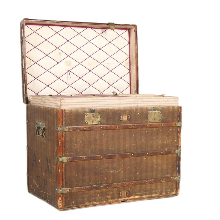 American Colonial Late 19th Century Louis Vuitton Striped Rayee Canvas Steamer Trunk For Sale