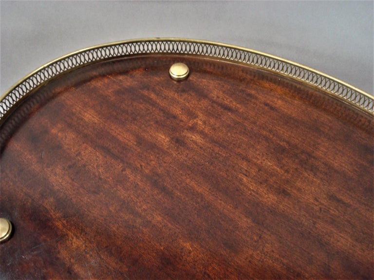 Late 19th Century Mahogany and Brass Oval Étagère  For Sale 8
