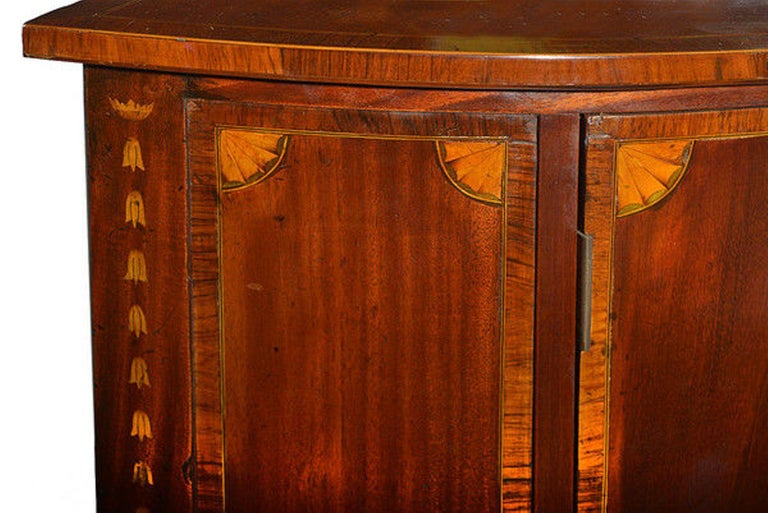 Late 19th Century Mahogany and Satinwood Marquetry Demilune Sideboard In Good Condition For Sale In Hemel Hempstead, Hertfordshire