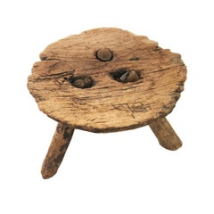 Late 19th Century Mezquite Min Milking Wood Stool with Thick Round Top