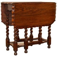 Late 19th Century Oak Gate-Leg Table