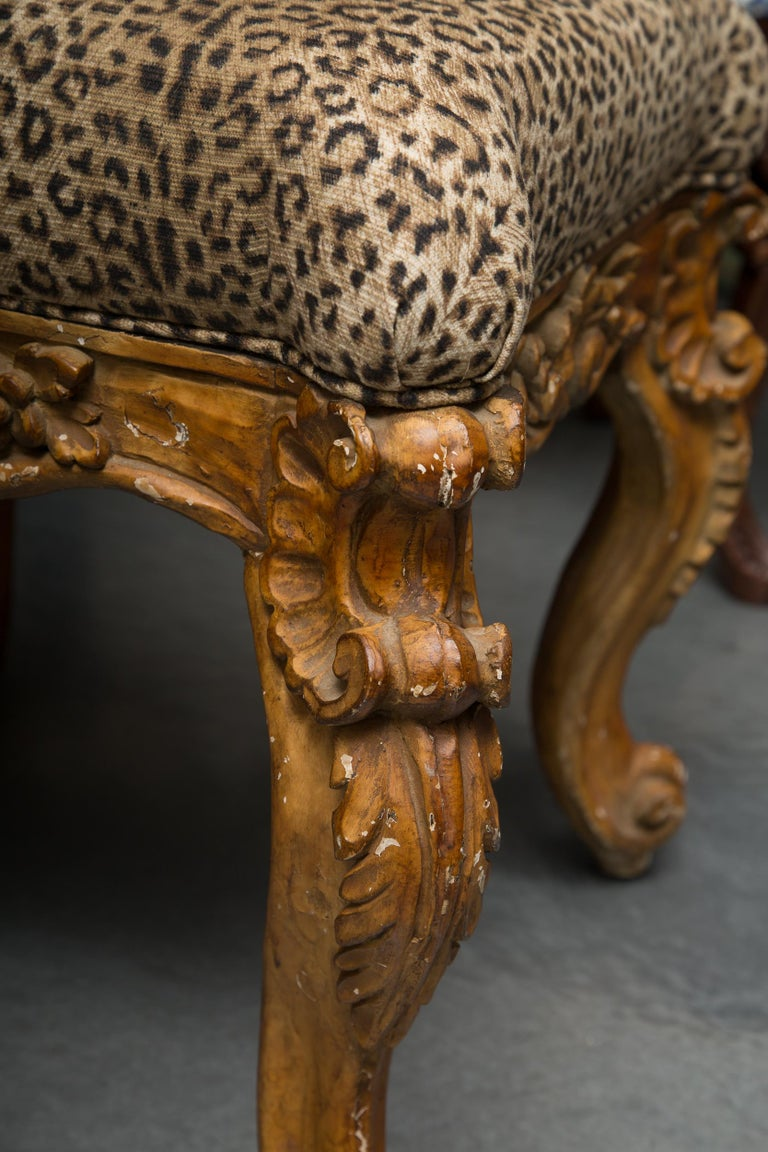 Late 19th Century Pair of Italian Carved Rococo Style Stools In Good Condition For Sale In WEST PALM BEACH, FL