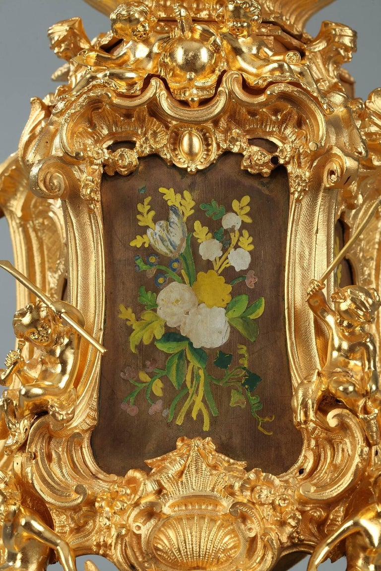 Late 19th Century Rocaille Ormolu Mantel Clock with Floral Decoration For Sale 2