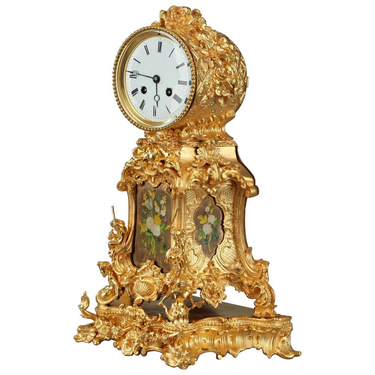 Late 19th Century Rocaille Ormolu Mantel Clock with Floral Decoration For Sale