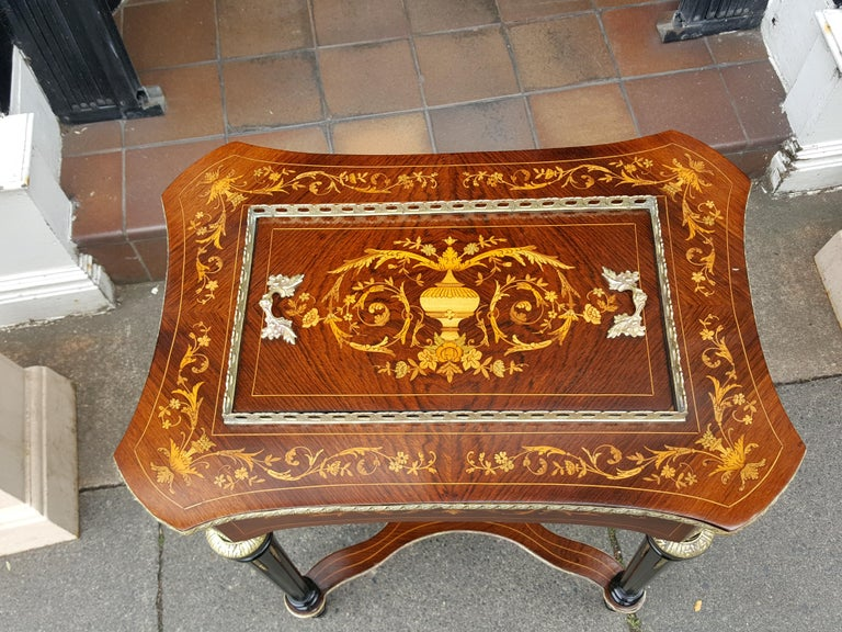 High Victorian Late 19th Century Rosewood Jardinière For Sale
