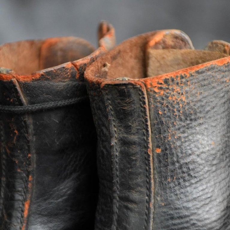 Hand-Crafted Late 19th Century Salesman's Sample Handmade Leather Boots For Sale