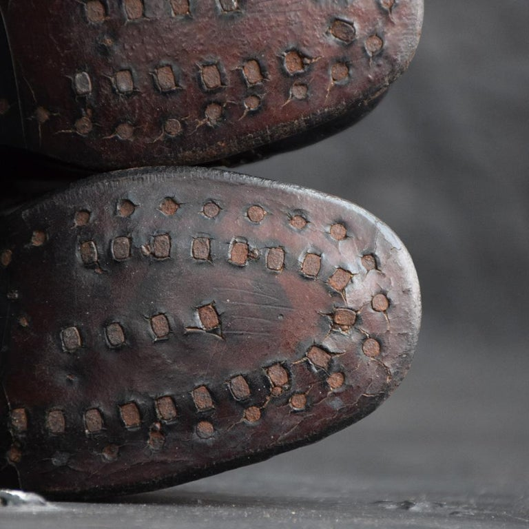 Late 19th Century Salesman's Sample Handmade Leather Boots In Fair Condition For Sale In London, GB