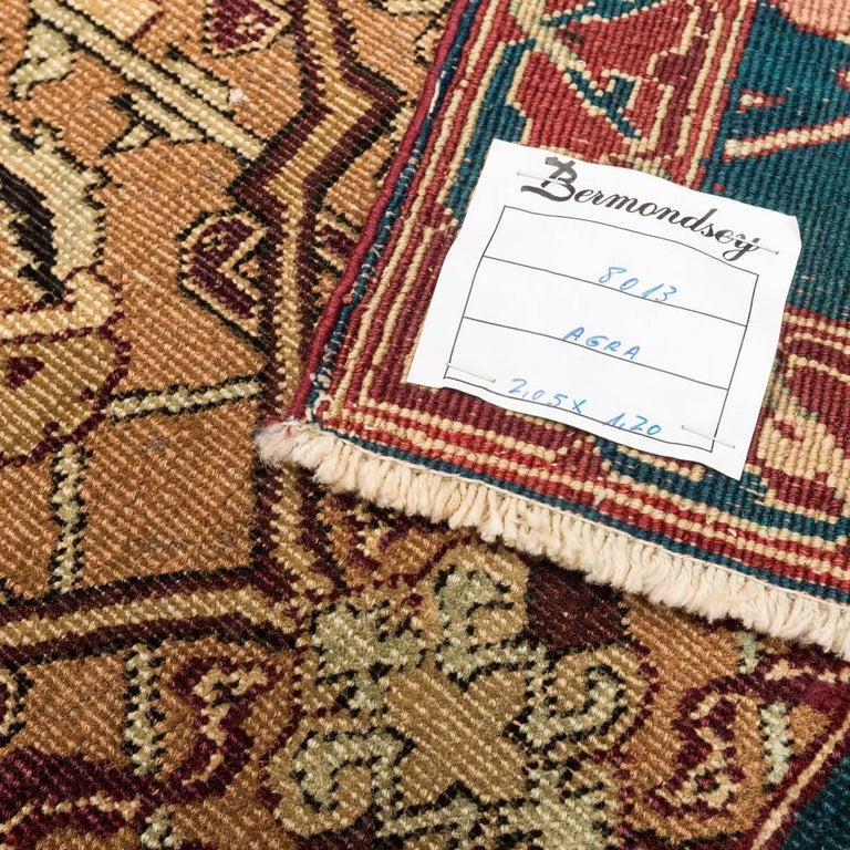 Late 19th Century Small Green India Wool Rug, Classical Agra, circa 1890 For Sale 6