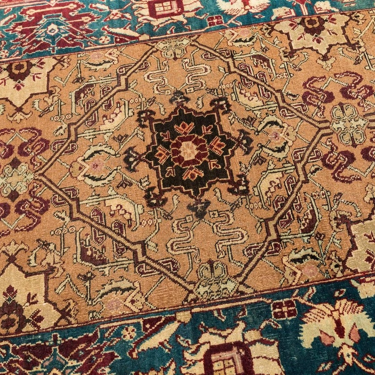 Late 19th Century Small Green India Wool Rug, Classical Agra, circa 1890 In Excellent Condition For Sale In MADRID, ES