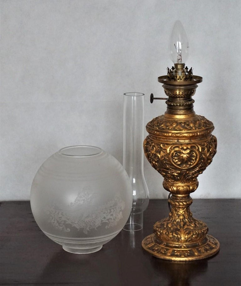 Late 19th Century Victorian Gilt Bronze Oil Lamp Converted to Electric For Sale 2
