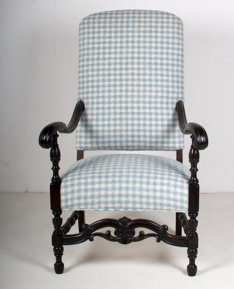 American Late 19th Century Walnut Armchair, in Tete A' Negre Finish For Sale