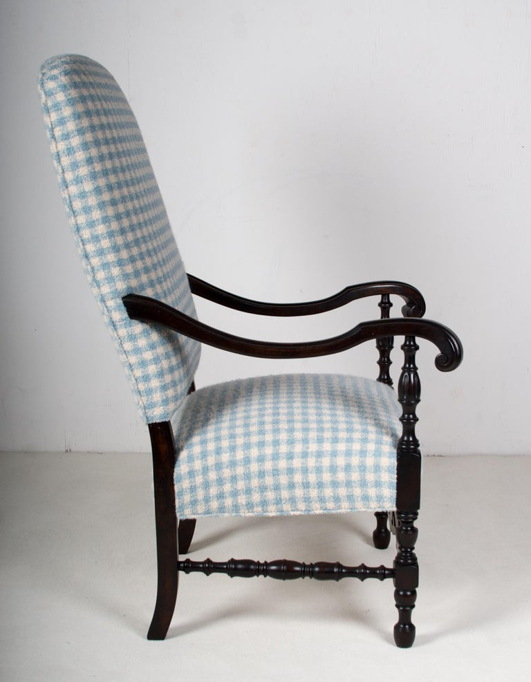 Carved Late 19th Century Walnut Armchair, in Tete A' Negre Finish For Sale