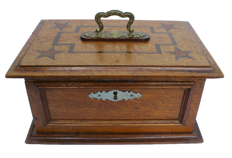 Late 19th century wooden oak box, with inlay works, Austria, circa 1890. The piece is in good condition and a real beauty!