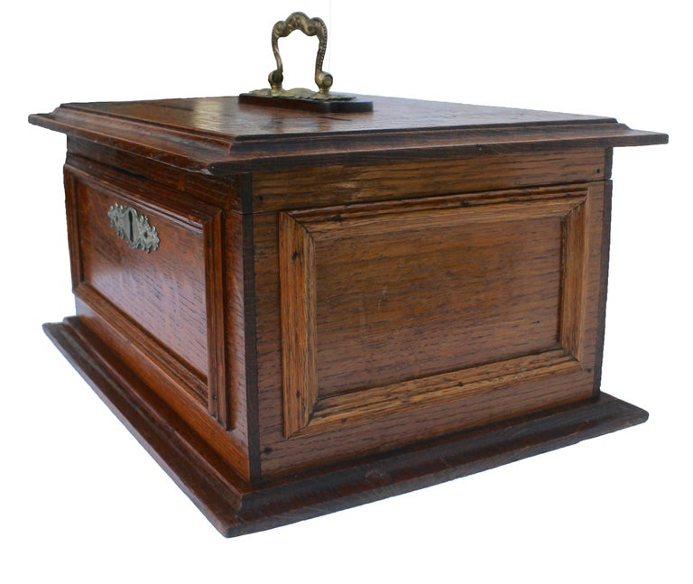 Austrian Late 19th Century Wooden Oak Box with Inlay Works, Austria, circa 1890 For Sale