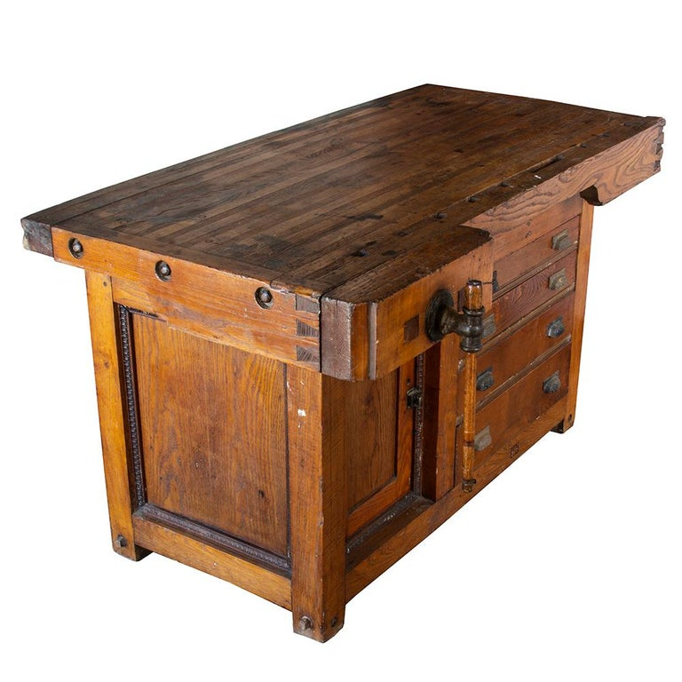 Late 19th Century Workbench In Good Condition For Sale In Aurora, OR