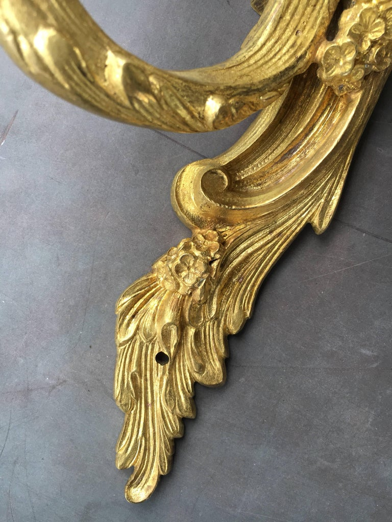Late 19th Early 20th Century French Louis XV Style Gilt Bronze Sconces For Sale 1