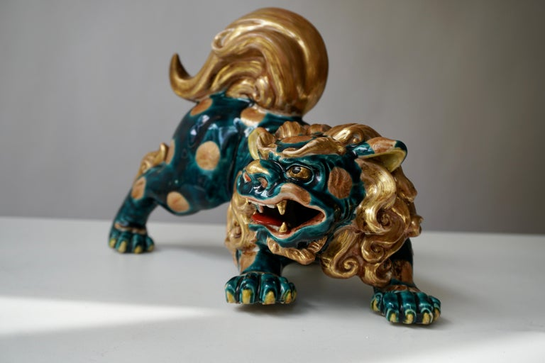 Late 19th-Early 20th Century Glazed Porcelain Lion Foo Dog For Sale 1