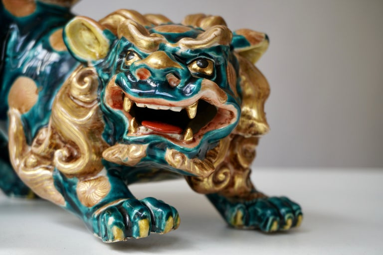 Late 19th-Early 20th Century Glazed Porcelain Lion Foo Dog For Sale 2