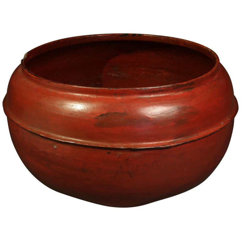 Late 19th-Early 20th Century Lacquer Container, Burma For Sale