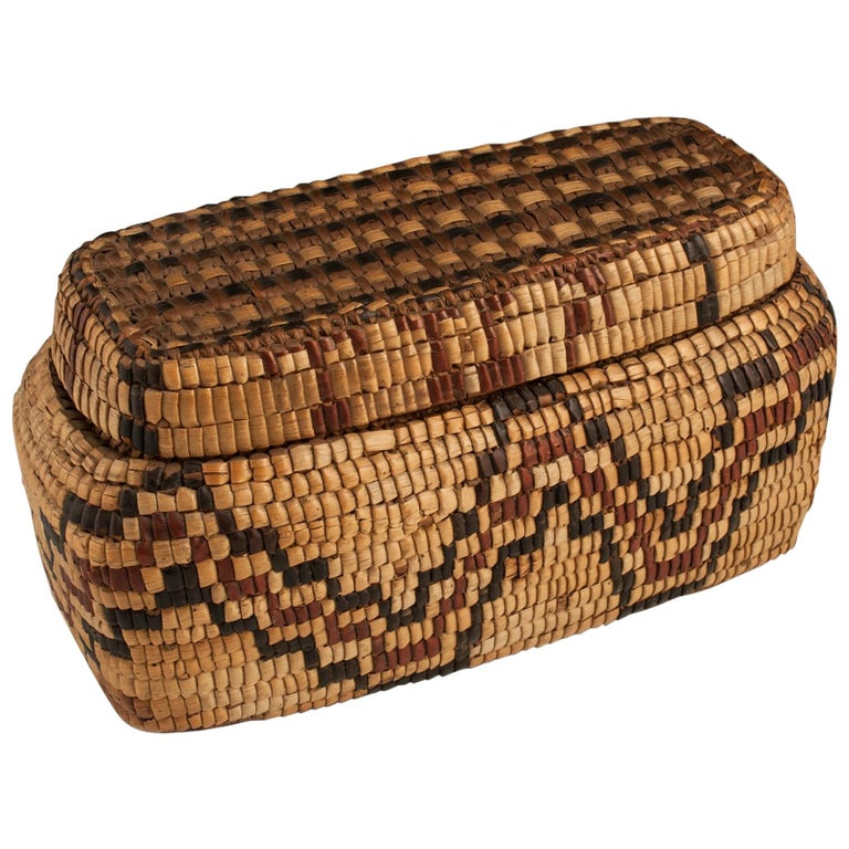 Late 19th-Early 20th Century Tribal Native American Columbia River Basket For Sale