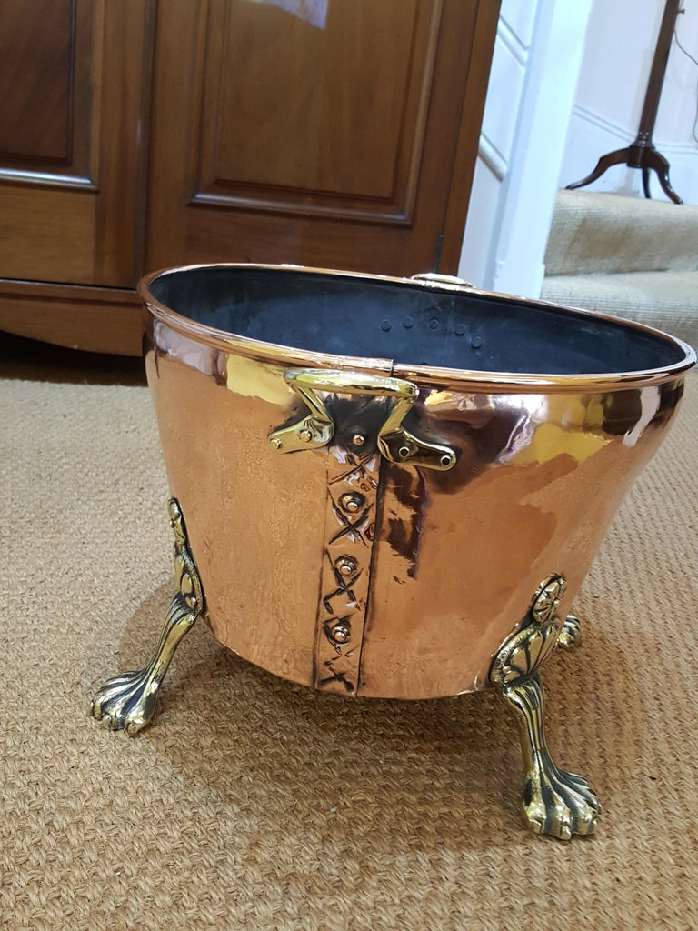 European Late 19th Century Continental Copper Log Basket For Sale