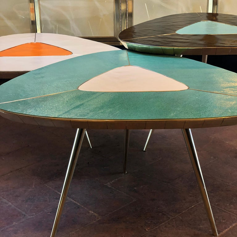 Late 20th Century Black, Green & Cream Murano Glass & Brass Set of Coffee Tables For Sale 2