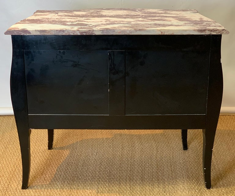 Late 20th Century Black Lacquer Bombe´ Commode For Sale 2