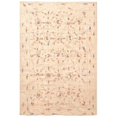 Late 20th Century Handloom Wool Kilim Rug in Beige and Soft Colors of 1980s