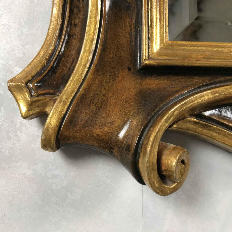 Late 20th Century Italian Molded Wooden and Gilt Mirror by Chelini Firenze In Good Condition For Sale In Milan, IT