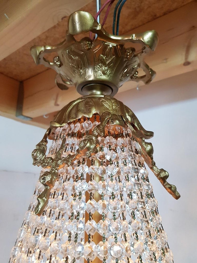 Late 20th Century Louis XVI Style Crystal Chandelier For Sale 1