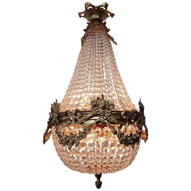 Late 20th Century Louis XVI Style Crystal Chandelier For Sale