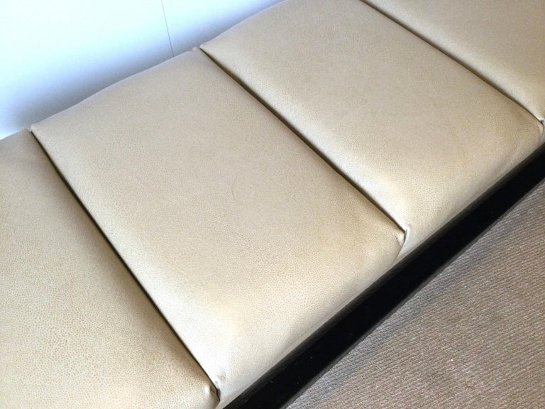 Contemporary Late 20th Century Modern Style Leather Upholstered Bench For Sale