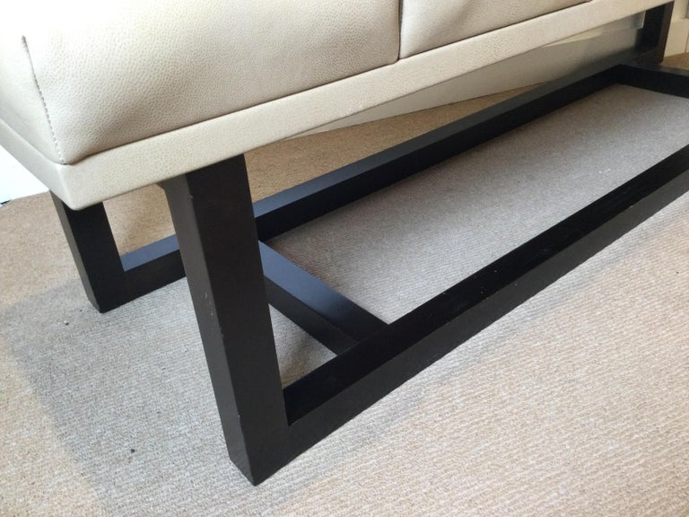 Late 20th Century Modern Style Leather Upholstered Bench For Sale 1