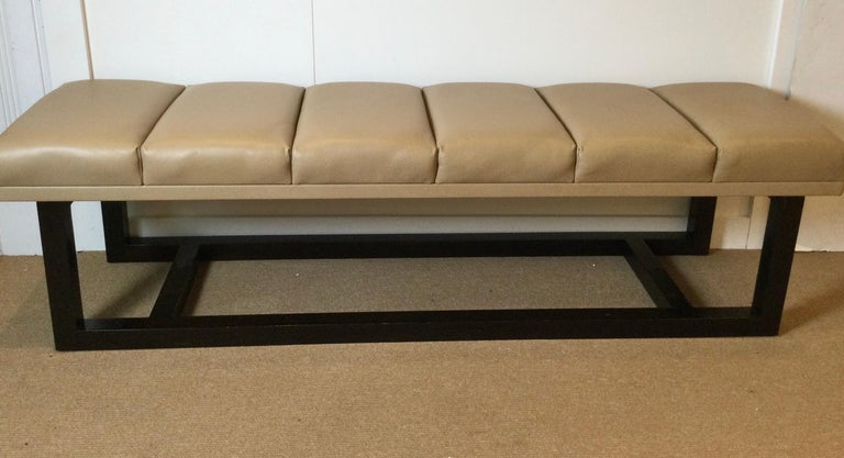Late 20th Century Modern Style Leather Upholstered Bench For Sale 3