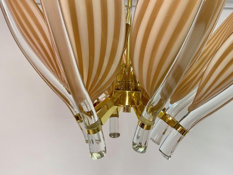 Mid-Century Modern Late 20th Century Murano Glass and Brass Chandelier For Sale