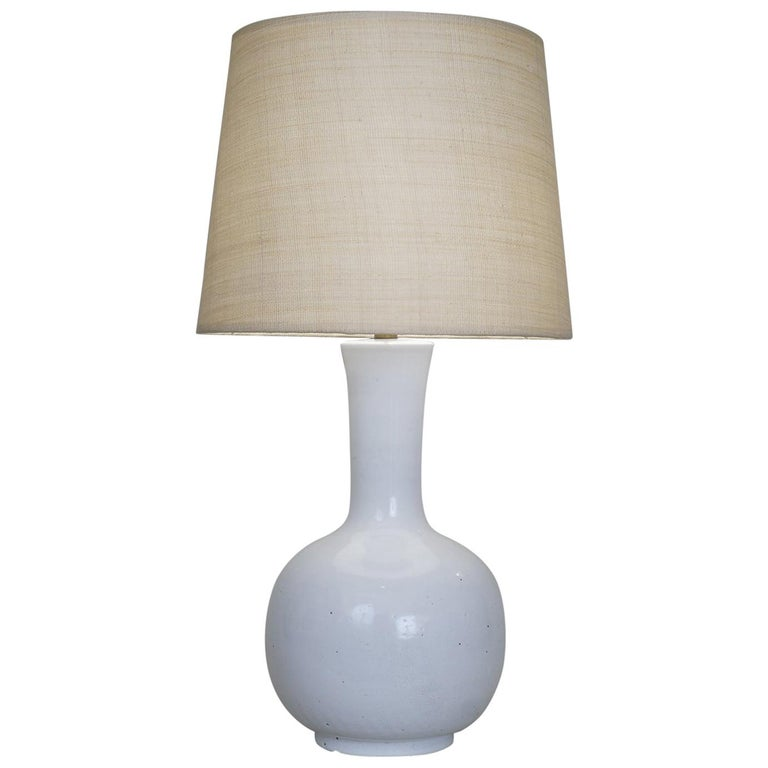 Late 20th Century White Enameled Ceramic Table Lamp For Sale