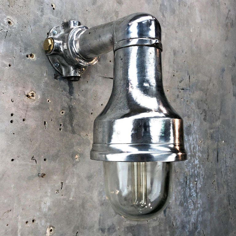 Industrial Late Century Explosion Proof Cast Aluminum 90 Degree Outdoor Wall Light For Sale