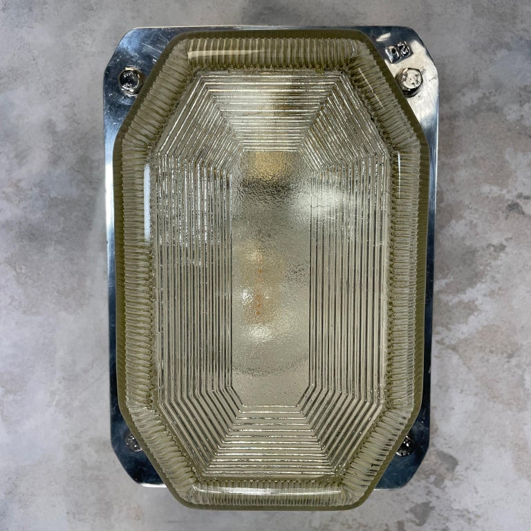 Late Century Large British Victor Cast Aluminum Bulkhead Lamps Reeded Glass For Sale 12