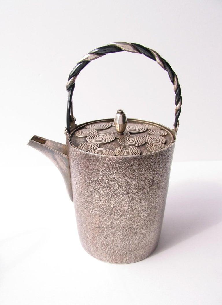 Late Edo- Early Meiji Period Silver Sake Bottle Pair by Nobuyuki Miyajima For Sale 6