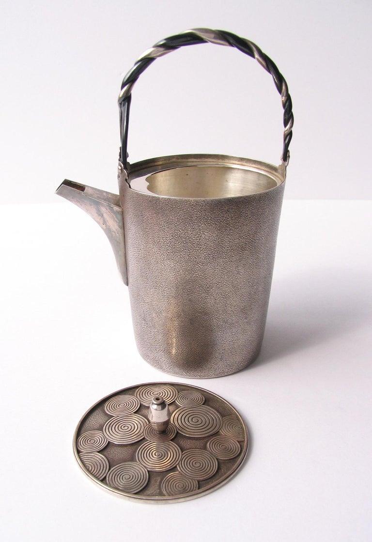 Japanese Late Edo- Early Meiji Period Silver Sake Bottle Pair by Nobuyuki Miyajima For Sale