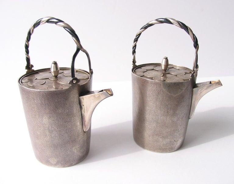 Late Edo- Early Meiji Period Silver Sake Bottle Pair by Nobuyuki Miyajima For Sale 3