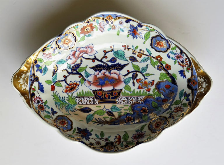 19th Century Late Georgian Spode Dish or Oval Plate finely enamelled Pattern 4052, circa 1820 For Sale